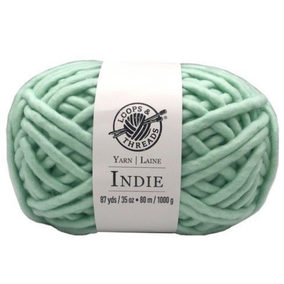Other - Bundle of 2 mint roving yarn loops & threads